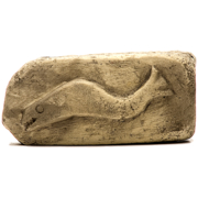 Lügenstein: Knochenfisch mit Zähnen